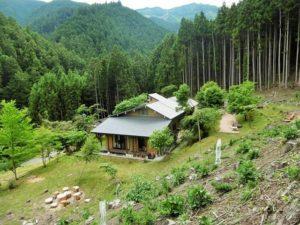 石裂山瞑想の家